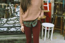 07 burgundy skinnies, a green plaid shirt, a light pink sweater and black shoes