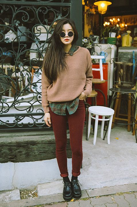 burgundy skinnies, a green plaid shirt, a light pink sweater and black shoes