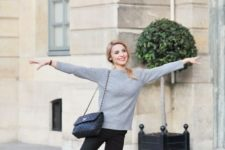 10 Parisian chic style with a grey cashmere sweater, black cropped pants and black flats