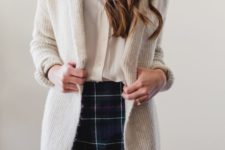 10 a white shirt, a cool plaid mini skirt, a long cream cardigan is a simple and sexy look