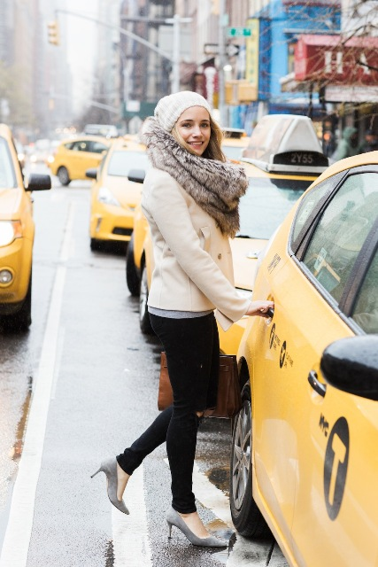 With white beanie, beige jacket, skinny pants and gray pumps