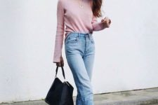 05 a pink sweater, blue high waisted cuffed jeans and black Vans