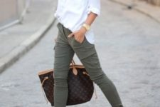 07 a white shirt, olive green pants, red flats and a printed bag