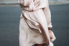 13 a blush chiffon dress with a plunging neckline, statement necklaces and a bag on chain is all you need