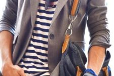 16 white jeans, a striped t-shirt, a grey jacket and a comfy bag for a casual business look
