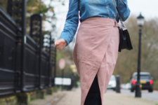 spring look with suede boots and a pink skirt