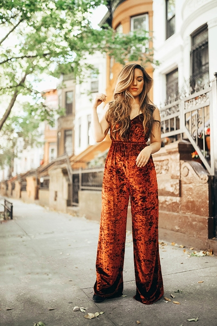 7518579ac86 20 Spring Outfits With Velvet Jumpsuits - Styleoholic