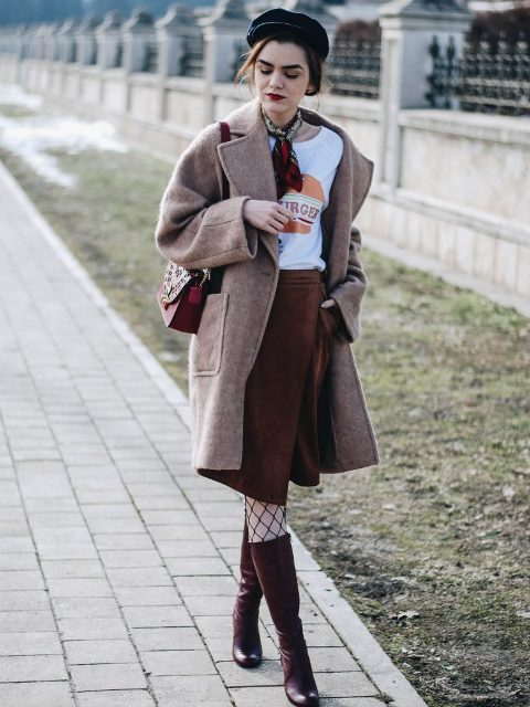 With t-shirt, coat, cap, small bag and marsala high boots