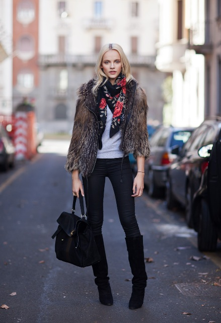 Skinny floral scarf with white shirt, skinny pants, high boots, black bag and fur coat