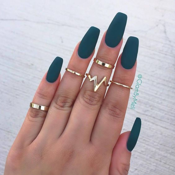 matte emerald nails are a chic idea for a hot and trendy look