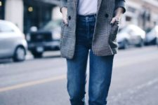 06 a tweed jacket, jeans, a white t-shirt, loafers is a great casual look