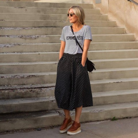 With gray t shirt, platform shoes and crossbody bag