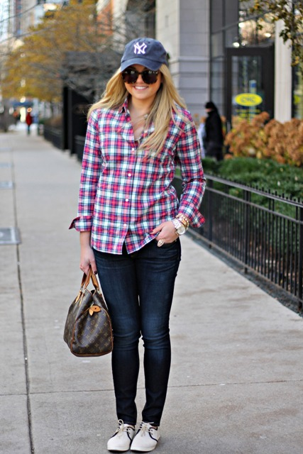 cute spring plaid shirt look