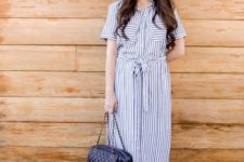 With wide brim hat, chain strap bag and shoes
