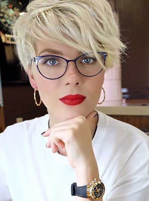 style your long pixie fringe in a messy way to create a chic look