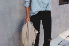 04 black ripped skinnies, a chambray shirt, white sneakers and a neutral jacket