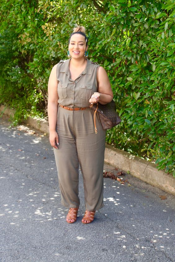 a casual safari-styled grey jumpsuit, brown heels and a brown bag for a comfy summer look
