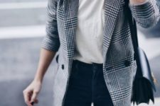 07 blue skinnies, a white tee and a plaid blazer for a stylish casual work look