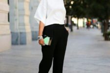08 black pants, a white tee with wide sleeves, black and white heels for a minimalist work outfit