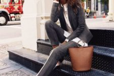 09 a grey checked pantsuit, a white button down, black strappy shoes and a creative bag