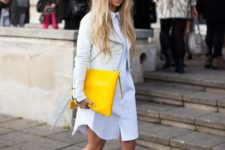 09 a white shirtdress, a white leather jacket, silver shoes and a lemon yellow large clutch