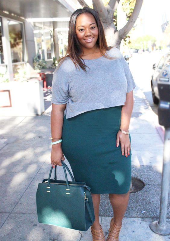 a teal pencil knee skirt, a grey top, a teal bag and tan shoes for a gorgeous look