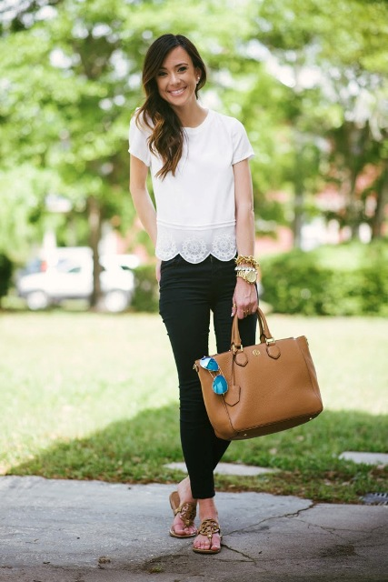 20 Outfits With Scallop Hem Blouses
