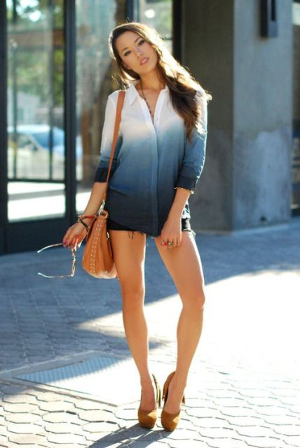 With mini shorts, high heels and brown bag