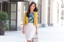 03 a creamy skirt, a tropical leaaf top, a mustard bolero, nude shoes and a grey bag