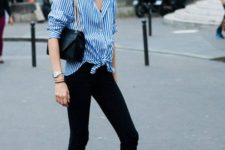 03 black skinnies, a blue striped shirt, black espadrilles for a relaxed feel