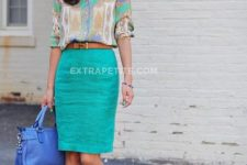 08 a turquoise skirt, a printed shirt, nude shoes and a bold blue bag