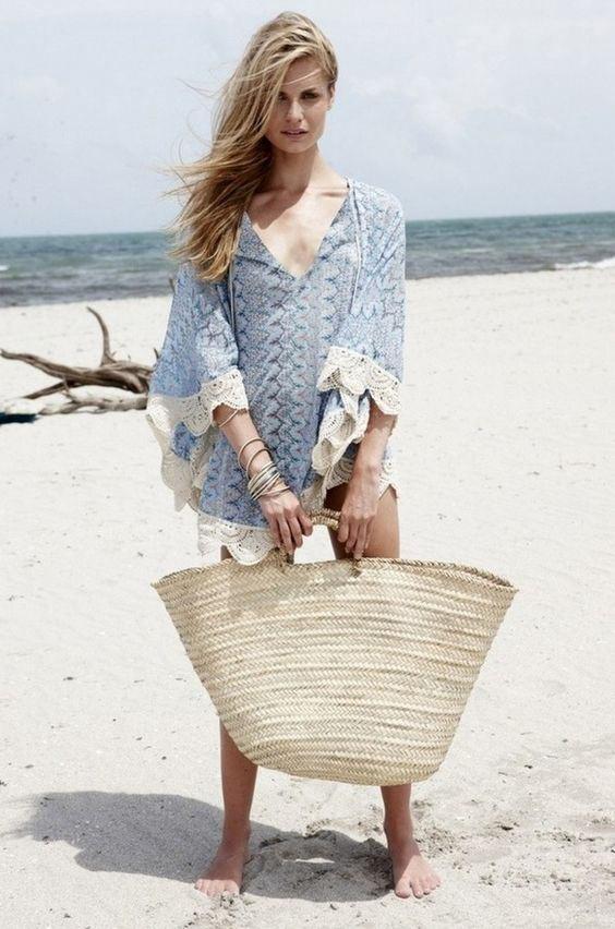 a blue beach tunic with white lace trimis a chic beach idea to rock