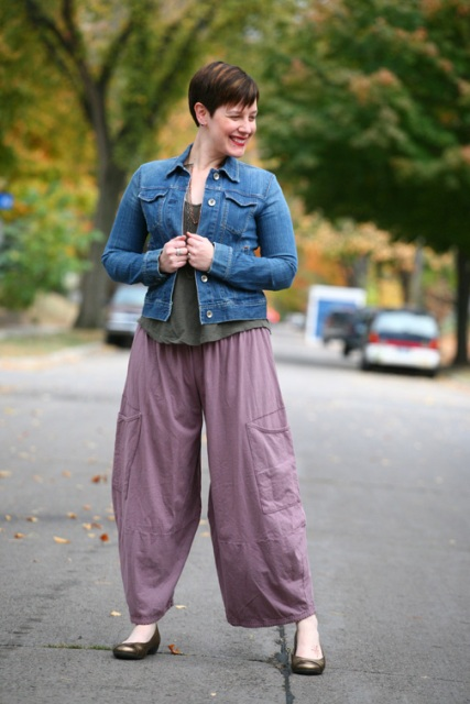 With gray t shirt, denim jacket and flats