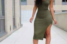 With olive green cutout shoes