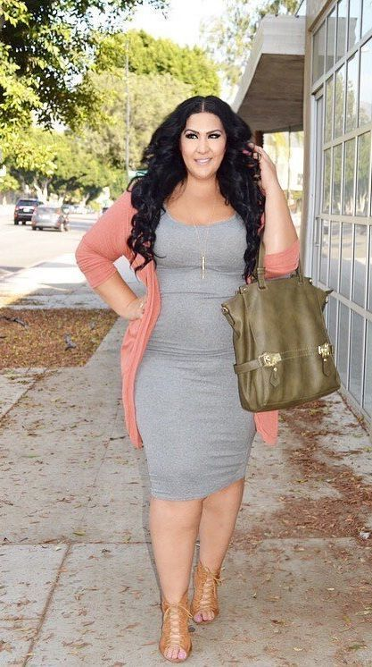 plus size work outfit with a grey bodycon dress, a peachy pink kimono, brown lace up shoes and a bag