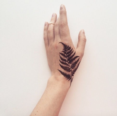 Gorgeous tattoo on the hand