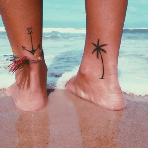 Picture Of Palm Tree Tattoo On The Leg