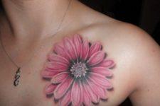 Pink 3D daisy tattoo