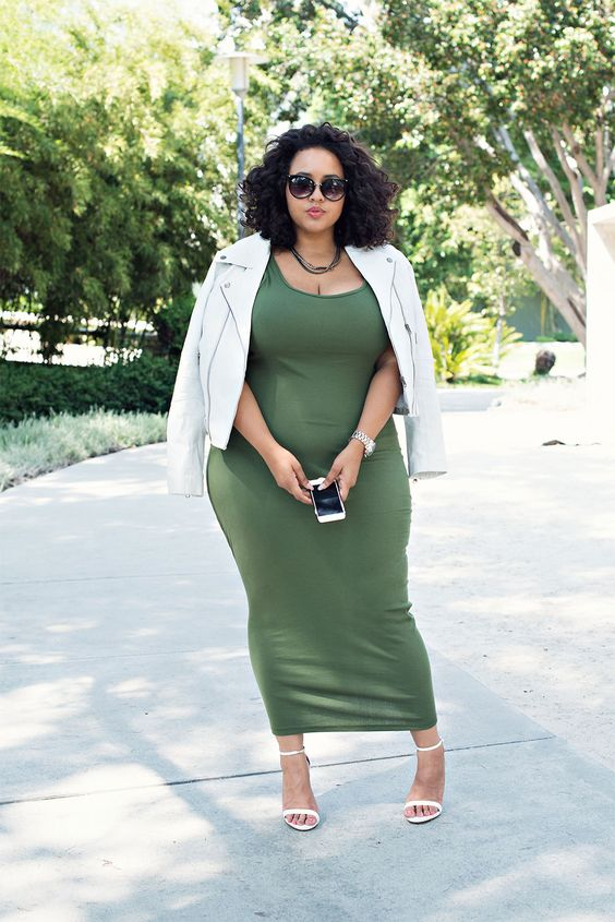 an olive green maxi bodycon dress, a white suede jacket and white heels for a wow look