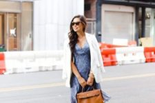 06 a blue rptinted knee dress, a white jacket, nude heels, a camel bag for work