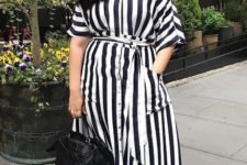 striped plus size outfit for summer
