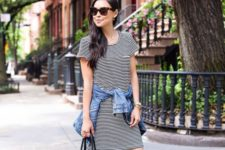15 a striped t-shirt dress, a denim jacket, a black bag and black and white espadrilles for every day
