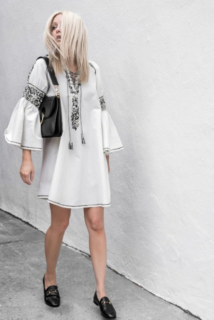 Boho summer dress with black bag and black flat shoes