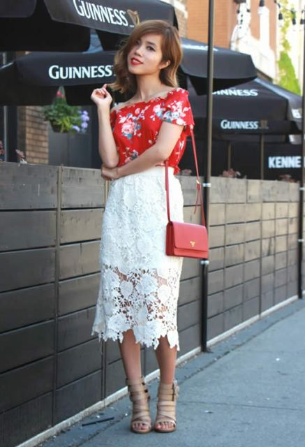 With lace skirt, red bag and beige shoes