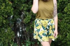 stylish summer look with leopard shoes