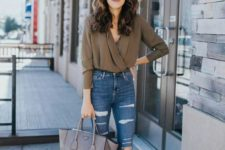 02 a casual date look with ripped skinnies, blue shoes, a grey bag and an earthy blouse