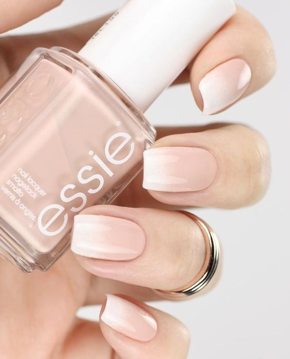 soft natural-looking ombre French nails are suitable for work