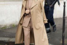 07 a gorgeous beige pantsuit, a matching top, printed shoes and a camel trench
