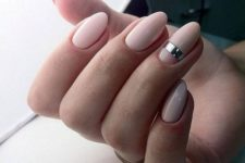 07 elegant nude nails with a single metallic stripe look super chic and bold