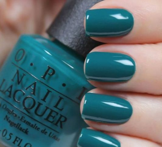 teal is a fresh take on greens and blues, which is great for the fall or winter